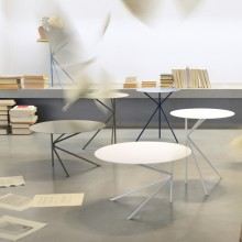 The coffee table TWIN A and TWIN B by Memedesign