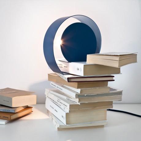 Lampada da tavolo in metallo Chiocciola - Table lamp made of metal Chiocciola