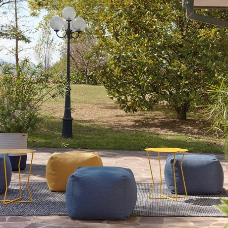 Archimede square pouf outdoor & indoor use by Memedesign